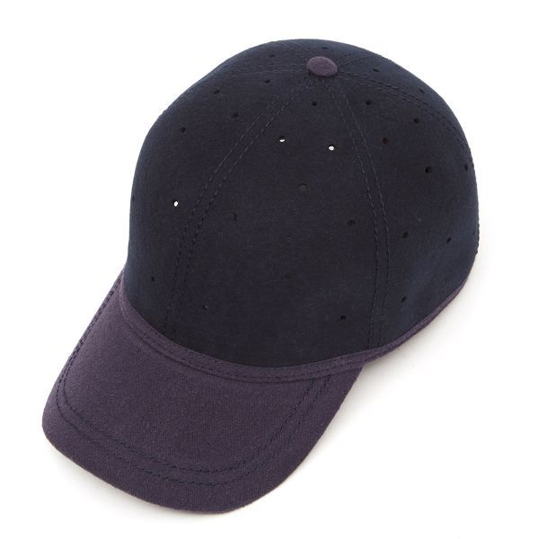 Ball cap (perforated) with heavy linen peak